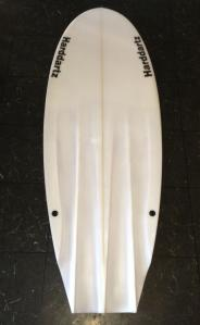 Adaptable with or without any single plug fins the suit FCS size.